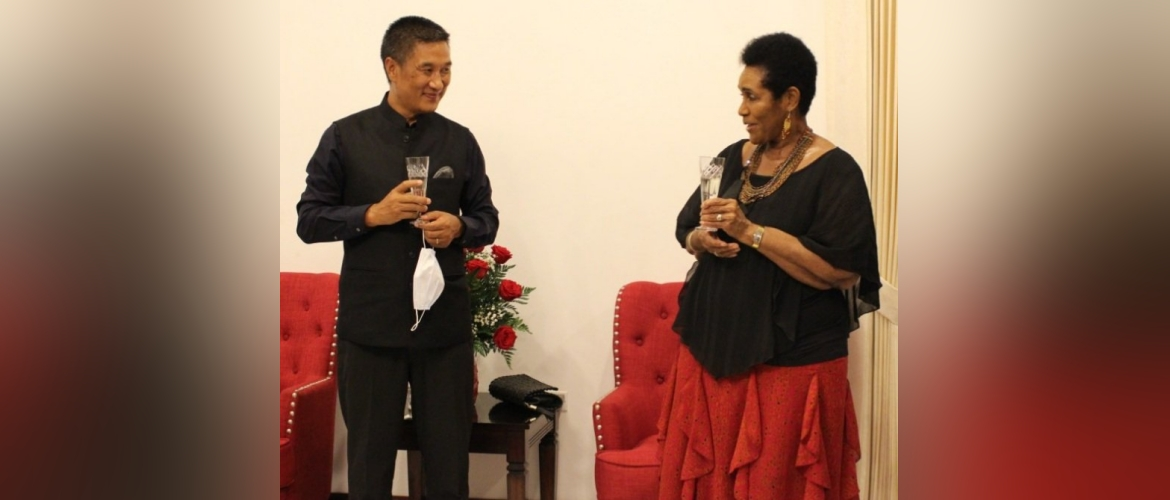 High Commissioner Shri R. Masakui with Permanent Secretary Marcia Gilbert Roberts during Vin d'Honneur